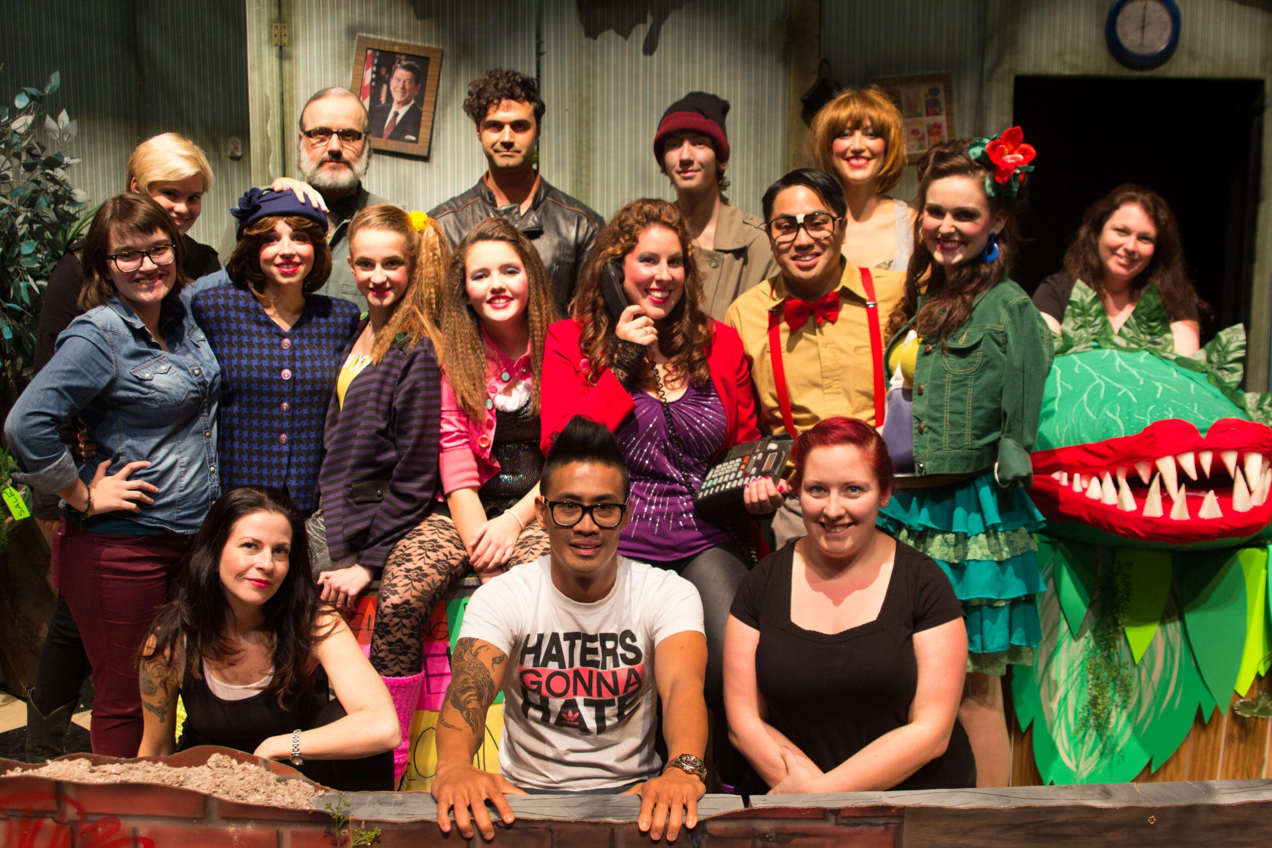 little shop of horrors cast and crew